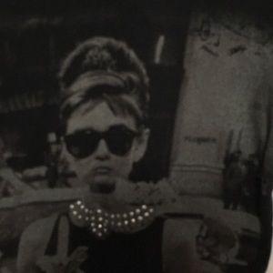Audrey Hepburn Breakfast at Tiffanys graphic Tee